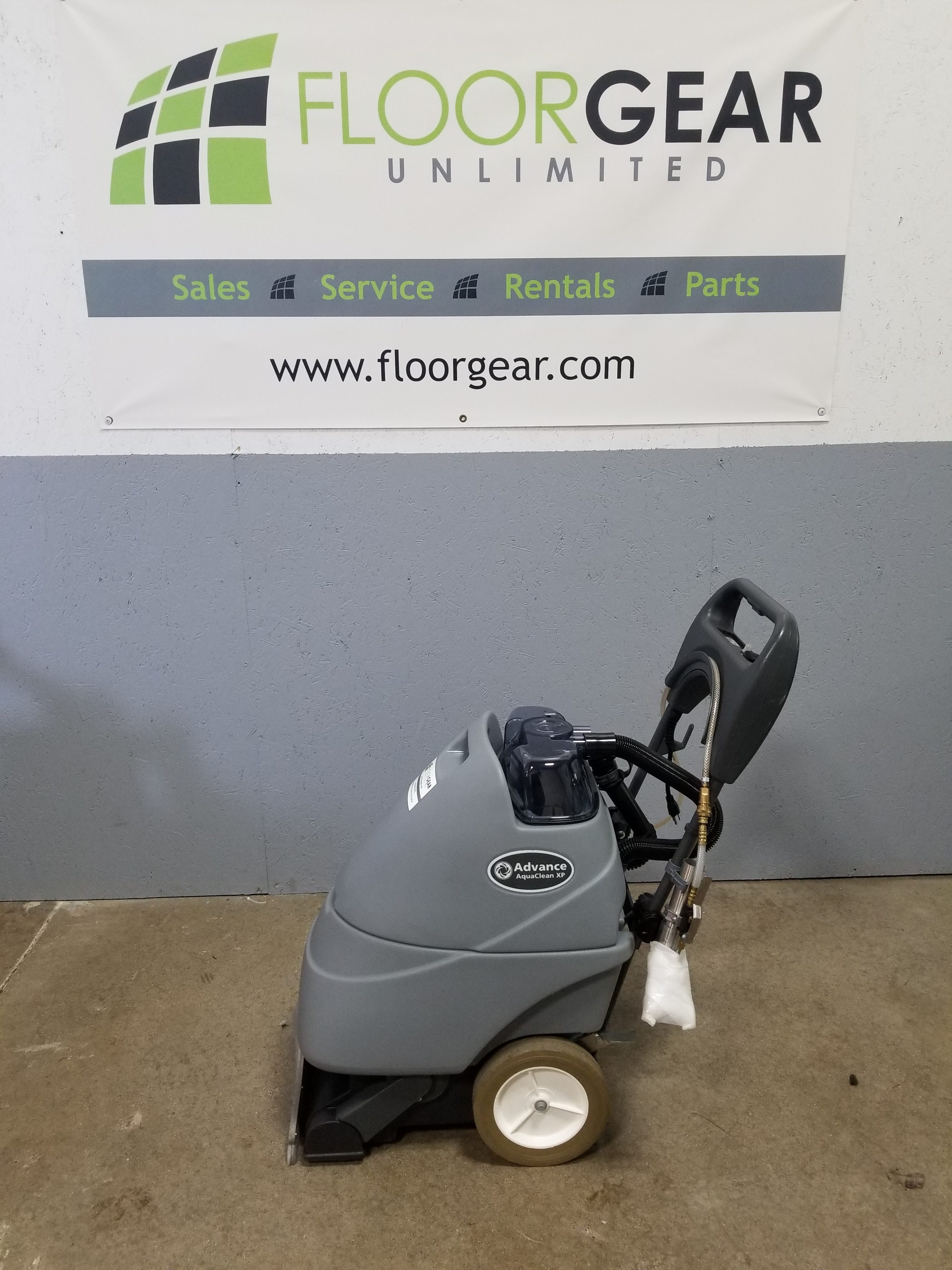 Reconditioned Advance Aquaclean Carpet Extractor Floorgear
